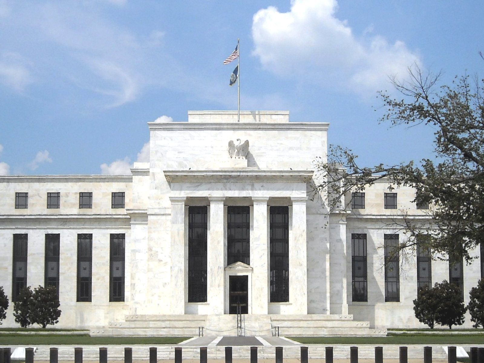 Are the Fed Putting Interest Rates to Bed?